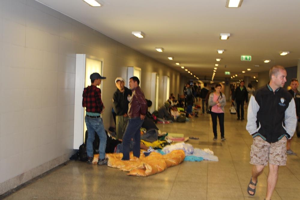 Flüchtlingskrise am Keleti-Bahnhof in Budapest (2/6)